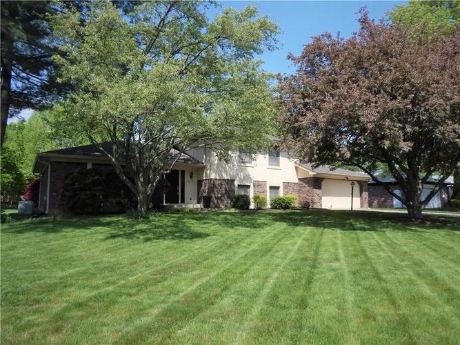 322  Woodland West Drive Greenfield, IN 46140 | MLS 21639654