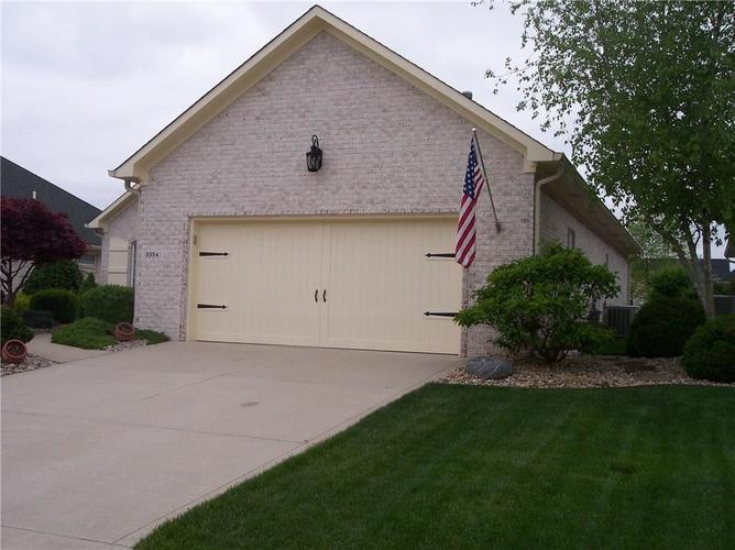 3354 Nottinghill Drive Plainfield, IN 46168 | MLS 21639673 | photo 3