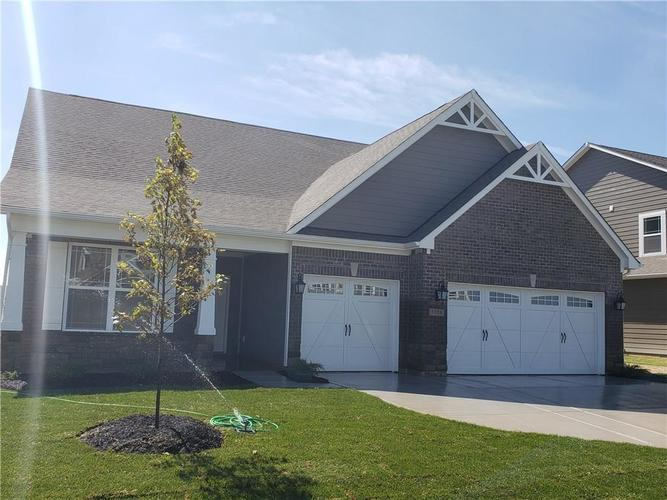 7126 Birch Leaf Drive Indianapolis IN 46259 | MLS 21639920 | photo 1