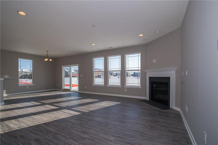 7126 Birch Leaf Drive Indianapolis IN 46259 | MLS 21639920 | photo 13