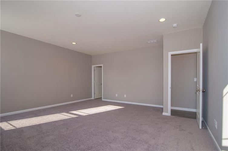 7126 Birch Leaf Drive Indianapolis IN 46259 | MLS 21639920 | photo 21