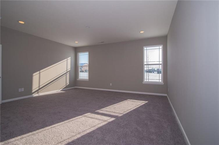 7126 Birch Leaf Drive Indianapolis IN 46259 | MLS 21639920 | photo 23