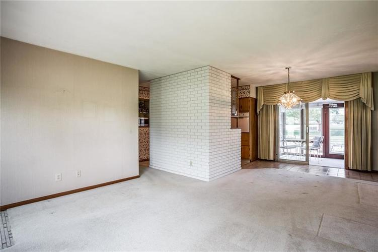 1344 S Post Road Indianapolis, IN 46239 | MLS 21640000 | photo 5