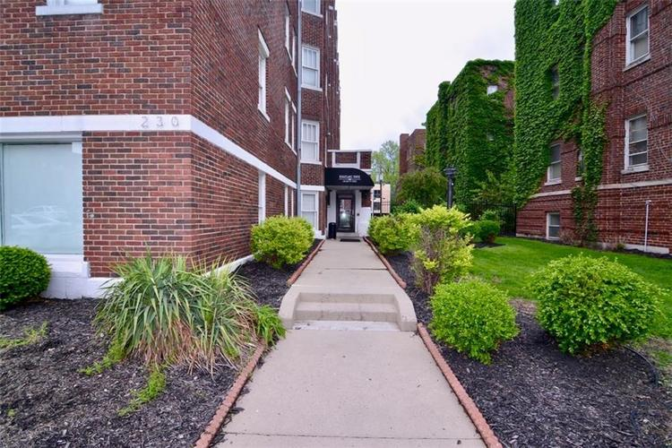 230 E 9th Street #607 Indianapolis, IN 46204   MLS 21640025   photo 3