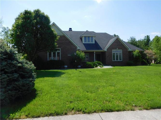 6421 Forrest Commons Boulevard Indianapolis IN 46227 | MLS 21640048 | photo 1