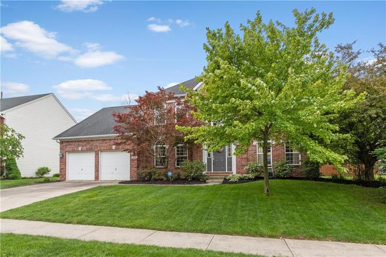9952  Parkshore Drive Fishers, IN 46038 | MLS 21640166