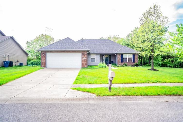 6050 Candlewick Drive Indianapolis, IN 46228 | MLS 21640468 | photo 1
