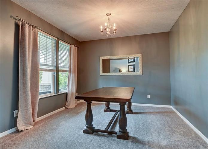 15716 Millwood Drive Noblesville, IN 46060 | MLS 21640528 | photo 3