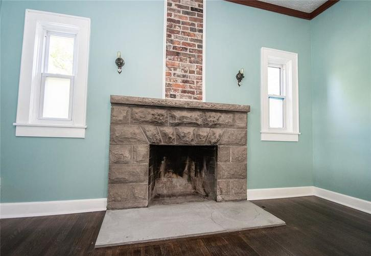 1145 S SPRUCE Street Indianapolis, IN 46203 | MLS 21640541 | photo 5