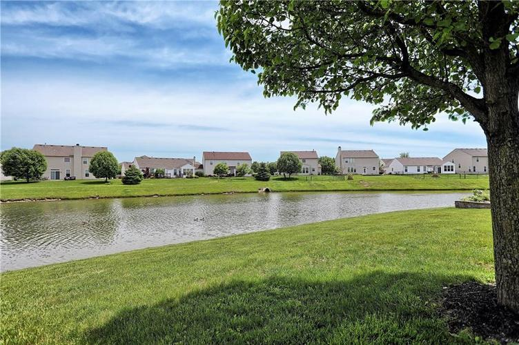 2431 Cole Wood Court Indianapolis, IN 46239 | MLS 21640647 | photo 4