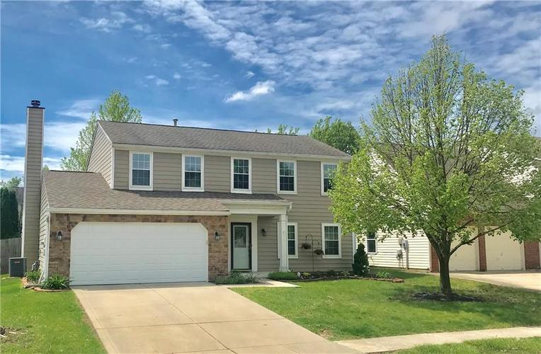 9927  Alexia Drive Lawrence , IN 46236 | MLS 21640662