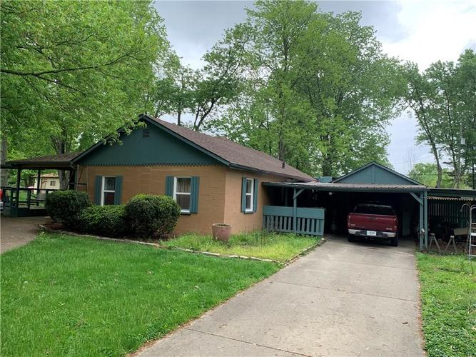 2401 S Silver Lane Drive Indianapolis, IN 46203 | MLS 21640804