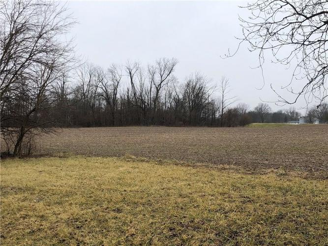 8630 Hutchison Farms Indianapolis, IN 46259 | MLS 21640819 | photo 1