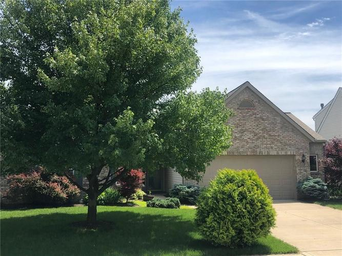 6273  Lancaster Place Zionsville, IN 46077   MLS 21640841