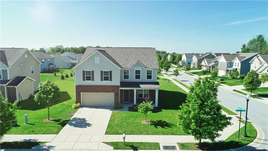 11185  Harborvale Chase  Fishers, IN 46038 | MLS 21640982