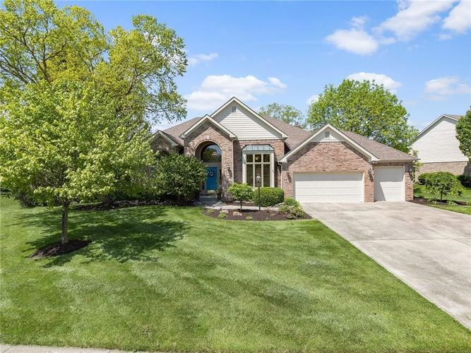 5148 PUFFIN Place Carmel, IN 46033 | MLS 21641054 | photo 1