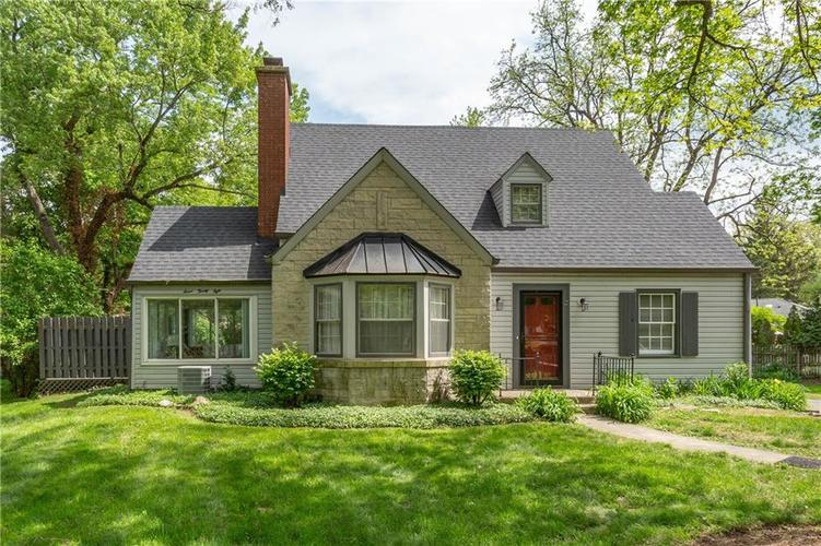 728  Nottingham Court Indianapolis, IN 46240 | MLS 21641126