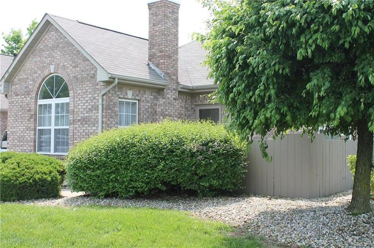 2370 Steeple Chase Shelbyville, IN 46176 | MLS 21641127 | photo 1