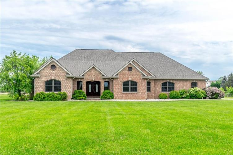 318 W 600  Whiteland, IN 46184 | MLS 21641175