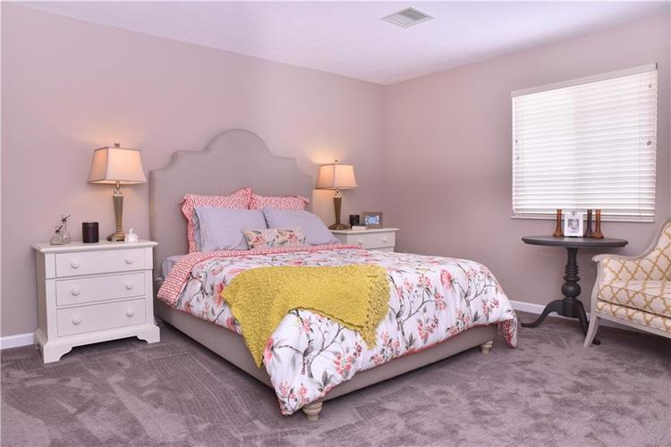 2156 Ashford Place Shelbyville, IN 46176 | MLS 21641210 | photo 14