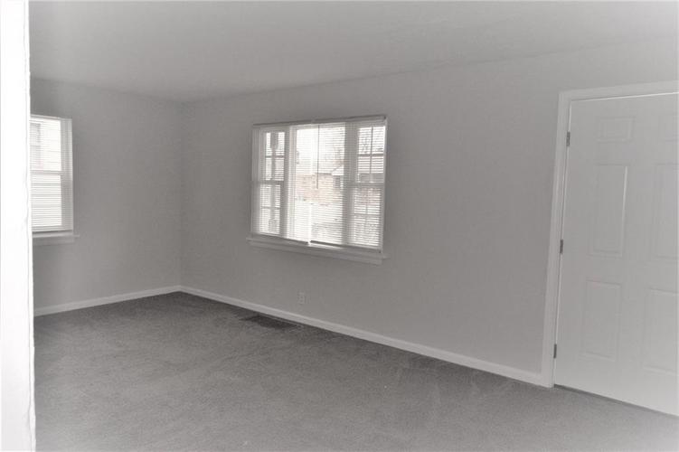 3412 N Denny Street Indianapolis, IN 46218 | MLS 21641242 | photo 2