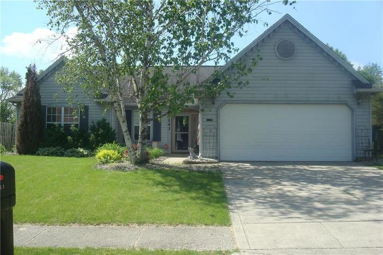 3243 Crickwood Drive Indianapolis, IN 46268   MLS 21641278   photo 1