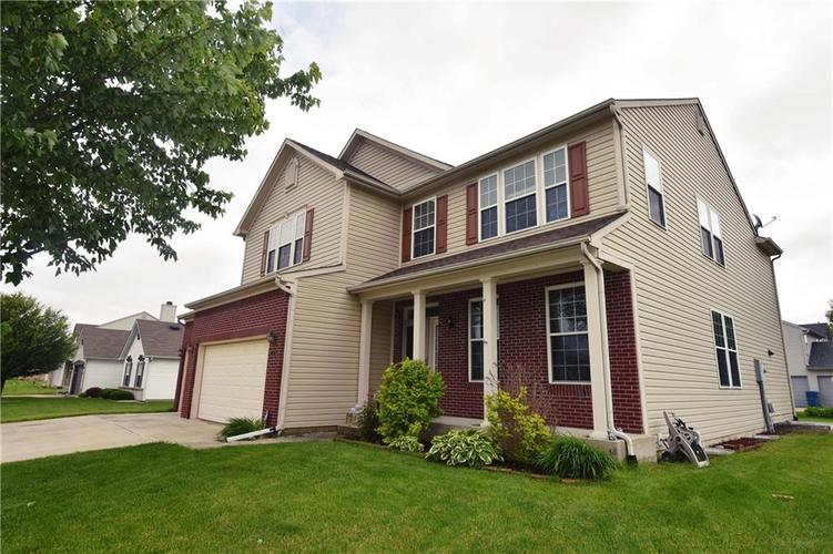 2115 Silver Rose Drive Avon, IN 46123 | MLS 21641320 | photo 1