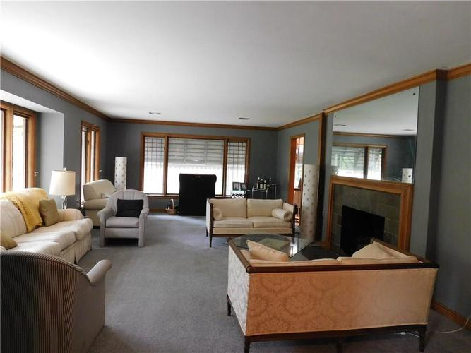 3566 Watson Road Indianapolis, IN 46205 | MLS 21641350 | photo 4