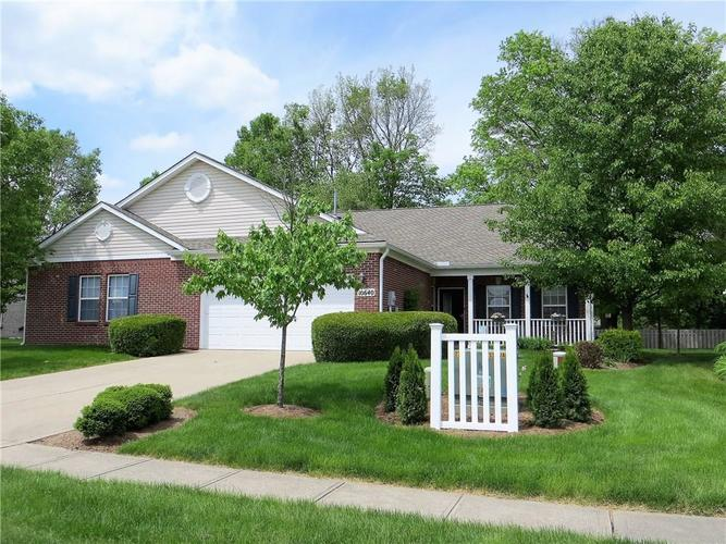10640 Pine Valley Path Indianapolis, IN 46234 | MLS 21641358 | photo 1