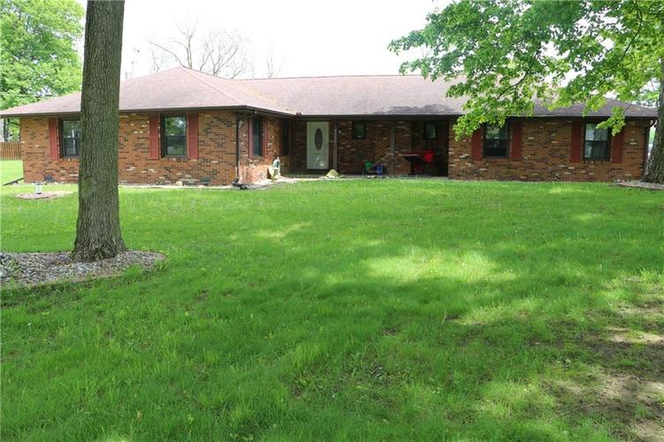 9554 N County Road 800 Daleville, IN 47334   MLS 21641399   photo 1