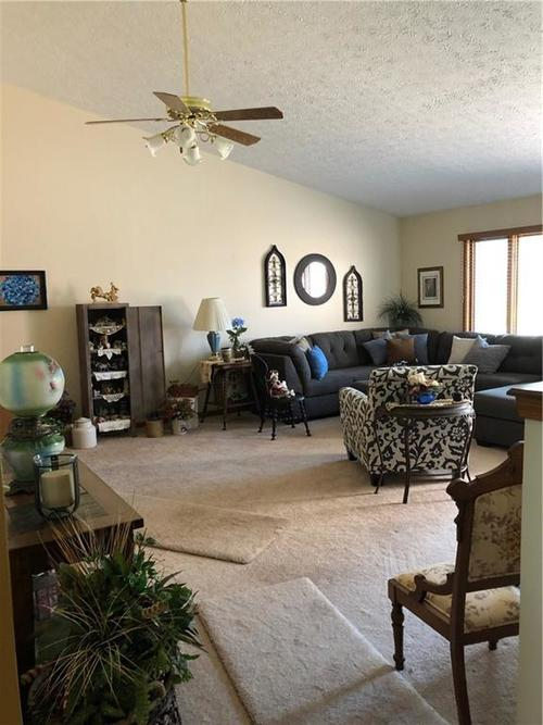 1220 Ruby Drive #C-2 Shelbyville, IN 46176 | MLS 21641421 | photo 2