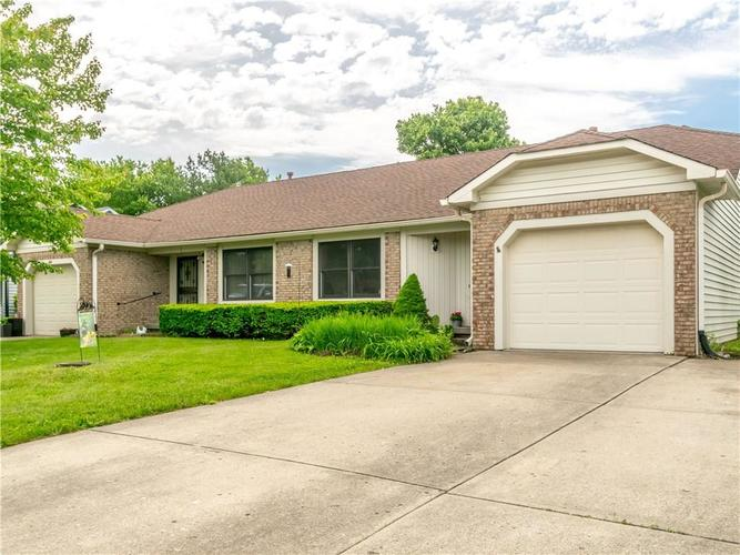 209 Christy Drive Greenwood, IN 46143 | MLS 21641431 | photo 1