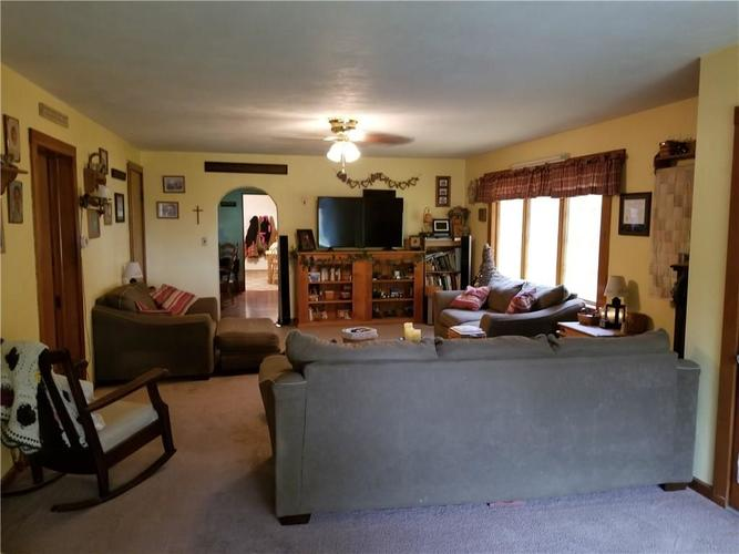 5447 N County Road 400 E Frankfort, IN 46041 | MLS 21641448 | photo 13