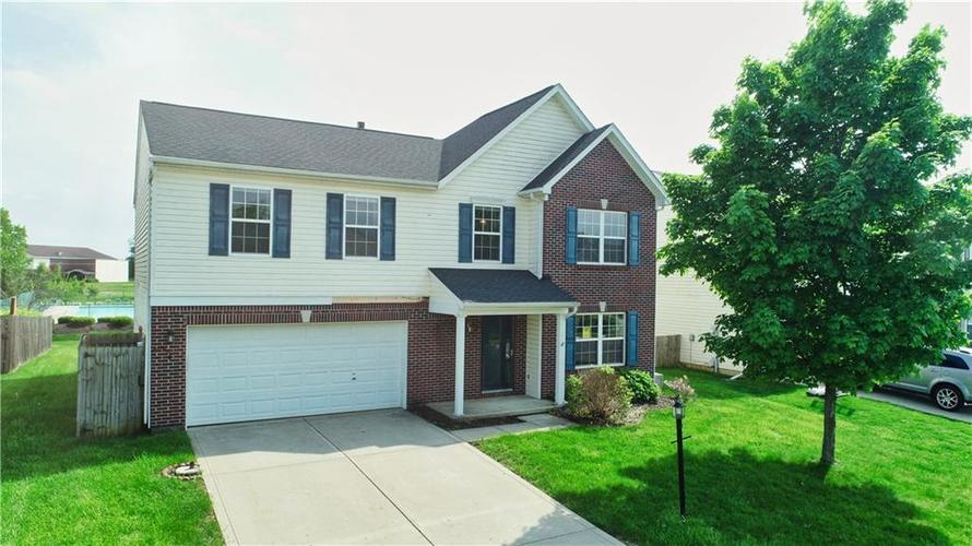 10943 Balfour Drive Noblesville, IN 46060   MLS 21641450   photo 1