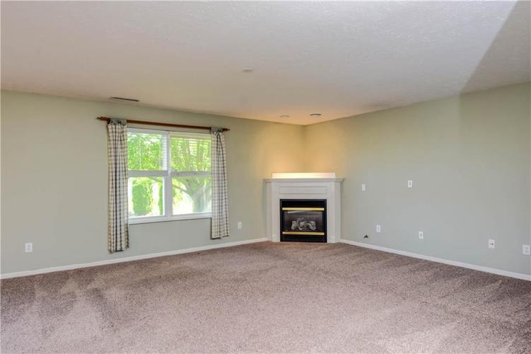 10943 Balfour Drive Noblesville, IN 46060 | MLS 21641450 | photo 10