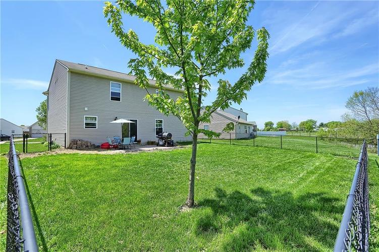 113 Hilltop Farms Boulevard New Whiteland, IN 46184 | MLS 21641511 | photo 2