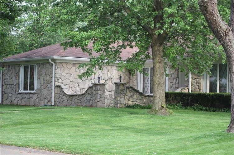 8522  Kenasaw Court Indianapolis, IN 46217 | MLS 21641533