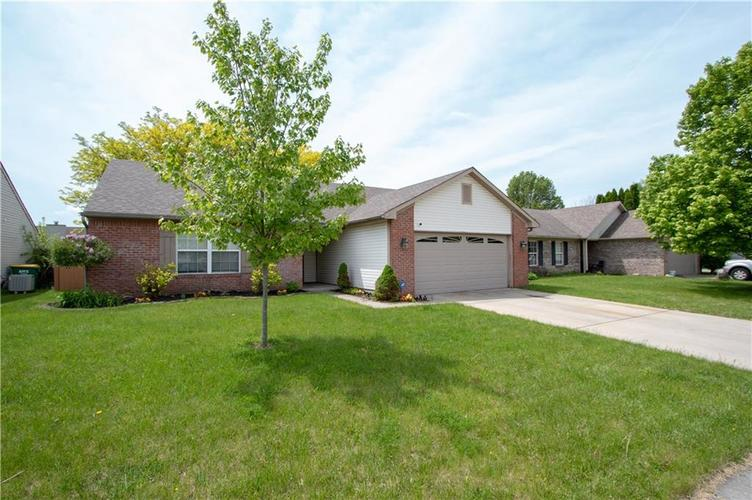 9615 CLAYMORE Drive Fishers, IN 46038 | MLS 21641582 | photo 1
