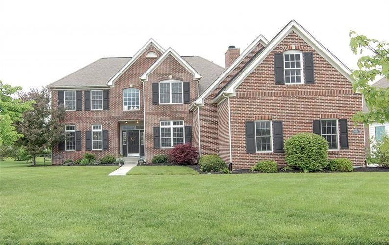 9148 Brookstone Place Zionsville, IN 46077 | MLS 21641726 | photo 1