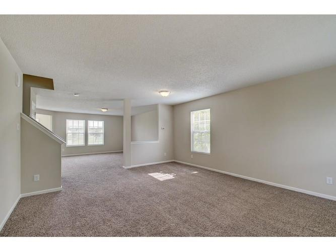 10803 Gathering Drive Indianapolis, IN 46259 | MLS 21641776 | photo 2