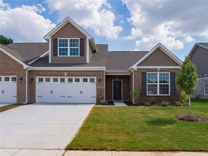 2661 Byerly Place Greenwood, IN 46143 | MLS 21641801 | photo 1