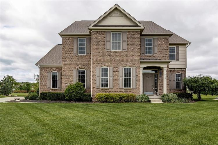 9127  Brookstone Place Zionsville, IN 46077   MLS 21642046