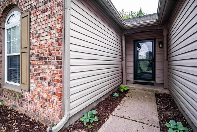 6381 E Rockhill Court Camby, IN 46113 | MLS 21642056 | photo 3