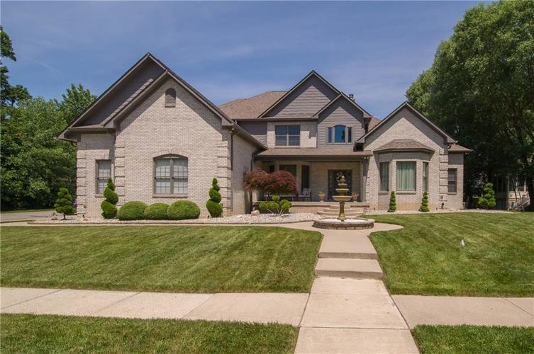10812 Moors End Circle Fishers, IN 46038 | MLS 21642067 | photo 1