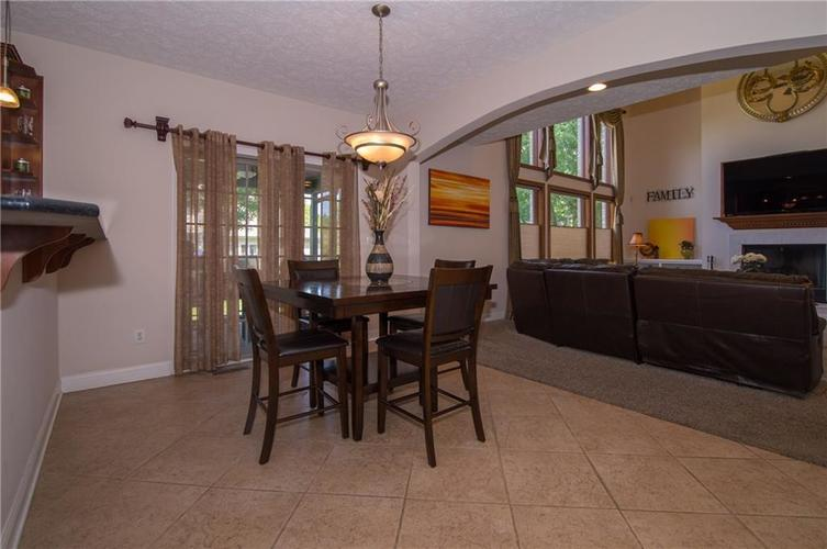 10812 Moors End Circle Fishers, IN 46038 | MLS 21642067 | photo 11