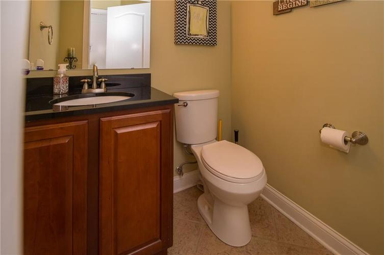 10812 Moors End Circle Fishers, IN 46038 | MLS 21642067 | photo 14