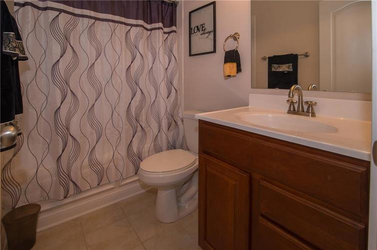 10812 Moors End Circle Fishers, IN 46038 | MLS 21642067 | photo 28