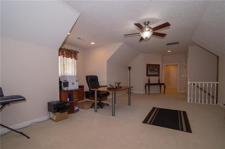 10812 Moors End Circle Fishers, IN 46038 | MLS 21642067 | photo 32