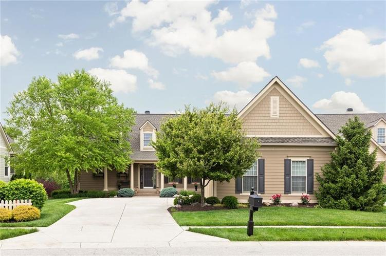 11606 Weeping Willow Court Zionsville, IN 46077 | MLS 21642118 | photo 1