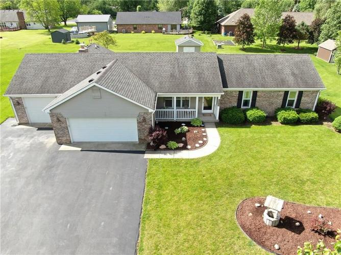 8093  COLT DRIVE  Plainfield, IN 46168 | MLS 21642130